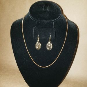 Necklace set gold plated virgin Mary